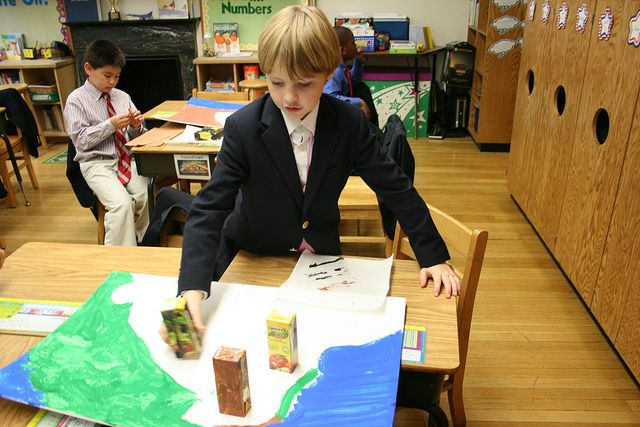 Jamestown Forts in Second Grade
